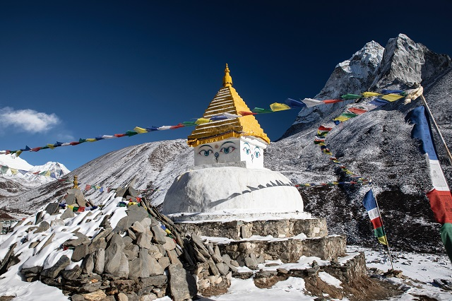 dingboche-Nepal-hiking-adventure